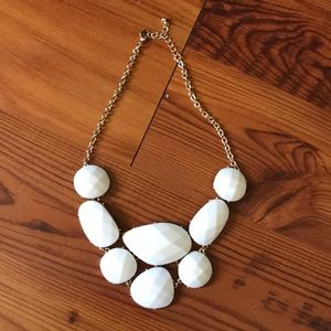 Jewelry - Chunky asymmetrical necklace